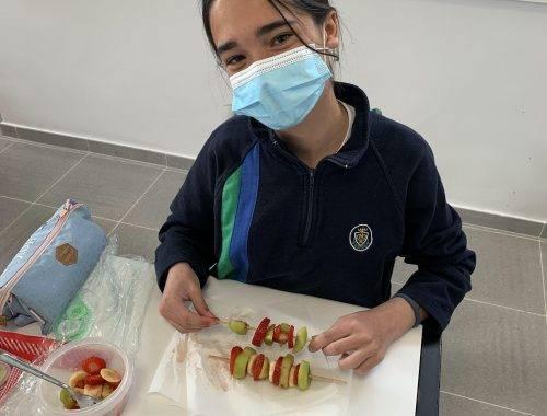 6A-Aprendemos a comer fruta de manera divertida-2